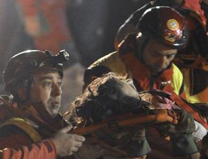 salvataggio marta valente terremoto l'aquila 6 aprile 2009 fonte lastampait