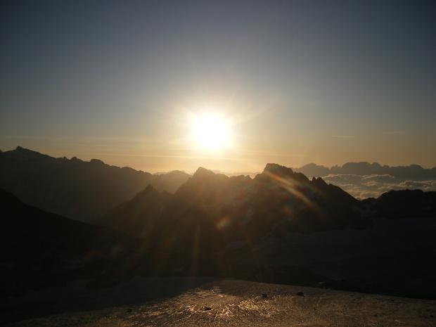 alba montagna